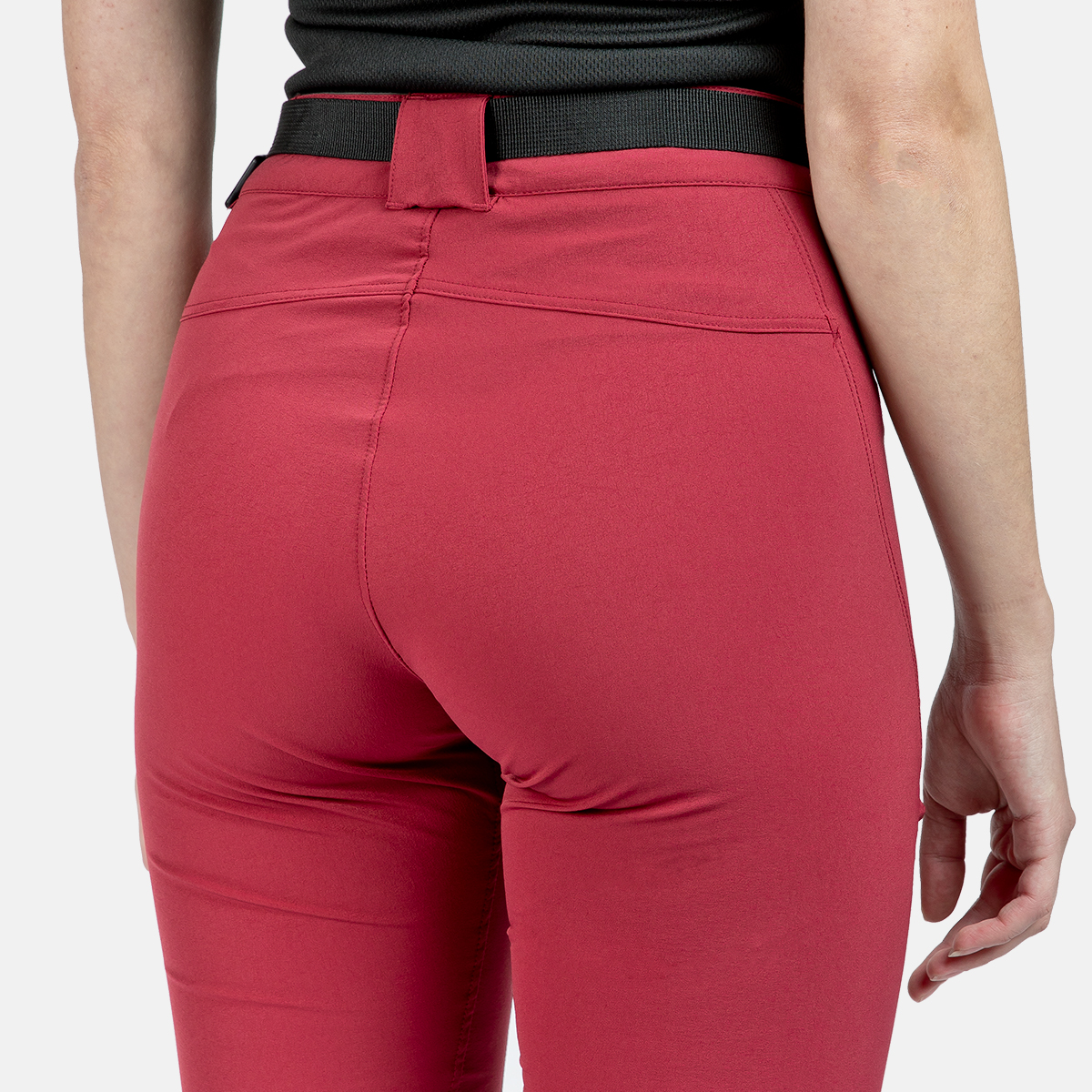 WOMAN'S FORATA MOUNT STRETCH PANT RED
